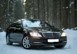 Аренда авто с водителем в Минске. Mercedes W221 S550 Long