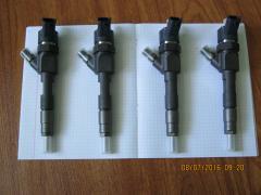 Bosch 0445110146,форсунка топливная на Опель Виваро Рено Трафик Op