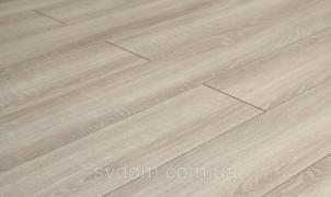 Floor covering: linoleum and laminate