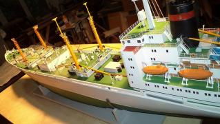 Models and models of ships – customization