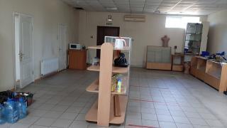Продам магазин в центре города общая пл 260 м кв торг пл 220 м к