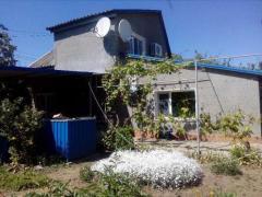 Продаётся дом-дача с выходом на проспект