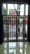 Розсувні решітки металеві на двері, вікна, балкони, вітрини