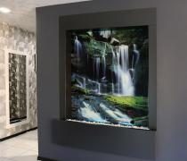 Водоспади по склу від дизайн студії Романа Москаленко